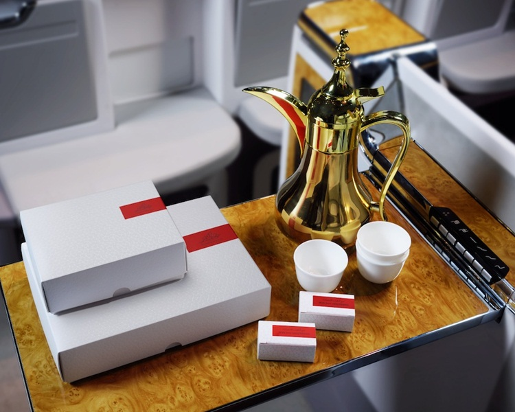 Emirates flights, Emirates iftar service, Ramadan, Gulf cities, Emirate airline news